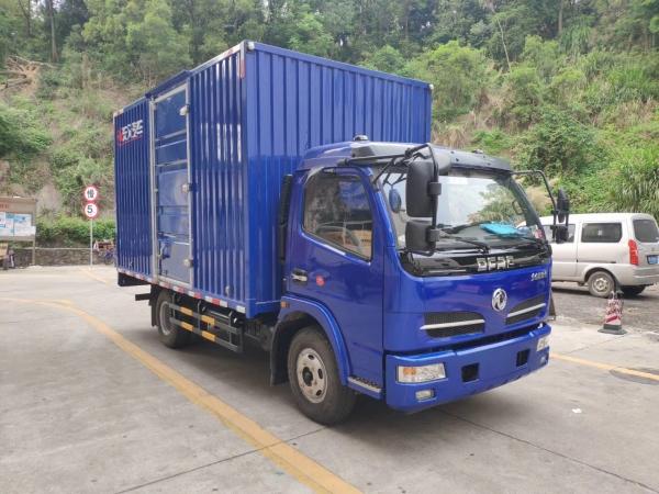 东风福瑞卡宽体箱式货车